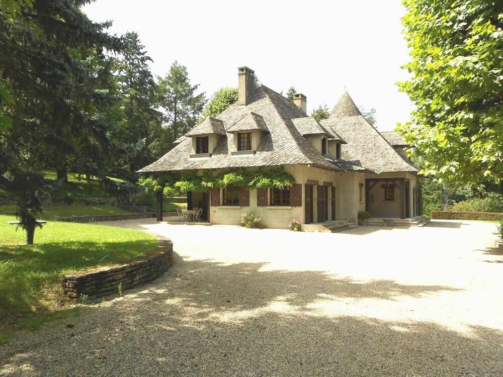 Maison Tassin-la-Demi-Lune